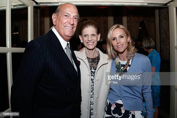 Oscar de la Renta Annette de la Renta and Tory Burch attend the Conservation International 16th Annual New York Dinner at The Plaza Hotel on May 15...