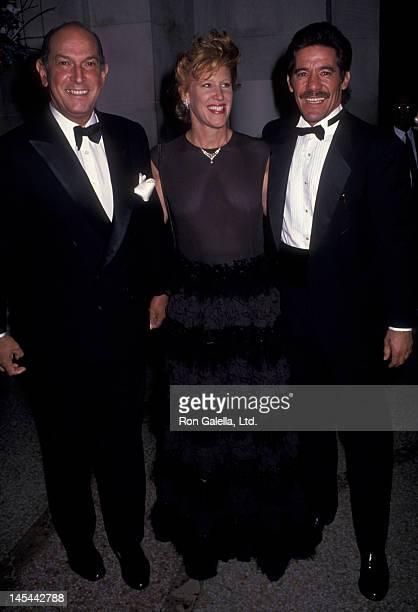 Oscar de la Renta Geraldo Rivera and wife CC Dyer attend Metropolitan Museum of Art Costume Institute Exhibition Diana Vreeland Immoderate Syle on...