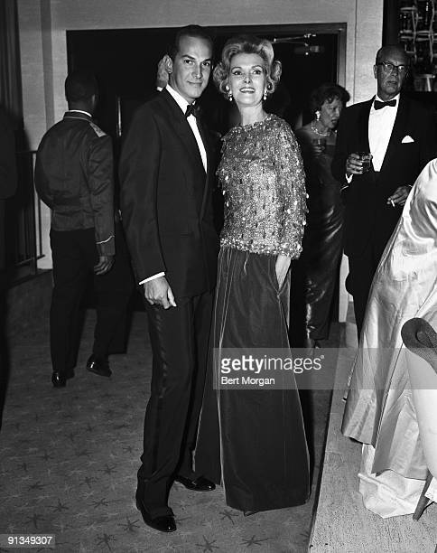 Oscar De La Renta with Anita Colby at the Blue Grass Ball at Top of the Fair restaurant on October 15 on the grounds of the New York World's Fair in...