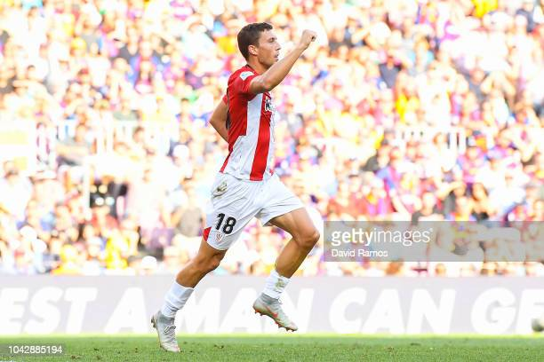 Oscar de Marcos of Athletic Club celebrates after scoring his team's first goal of Athletic Club during the La Liga match between FC Barcelona and...