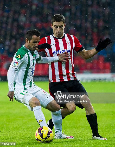 Oscar De Marcos of Athletic Club duels for the ball with Jose Maria Lopez of Cordoba CF during the La Liga match between Athletic Club and Cordoba CF...