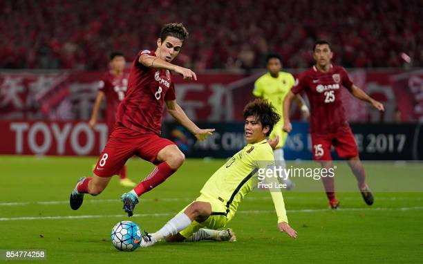 Oscar dos Santos Emboaba Junior of Shanghai SIPG FC in action during the AFC Champions League 2017 Semifinals 1st leg between Shanghai SIPG and Urawa...