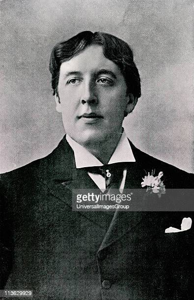 Oscar Fingal O'Flahertie Wills Wilde 1854 to 1900 Irish novelist playwright freemason wit