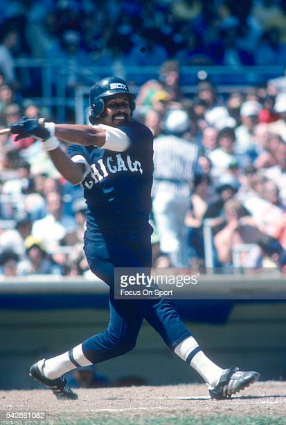 Oscar Gamble of the Chicago White Sox bats against the New York Yankees during a Major League Baseball game circa 1977 at Yankee Stadium in the Bronx...