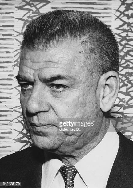 Oscar Hammerstein IIMusiker Musical Texter Autor USAPorträt 1958