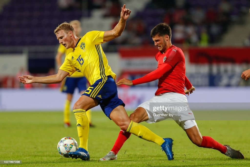 Oscar Hiljemark of Sweden and Florian Grillitsch of Austria during the International Friendship game between Austria and Sweden at the Generali Arena on September 06, 2018 in Vienna, Austria.