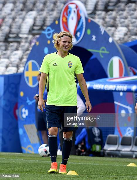 Oscar Hiljemark of Sweden smiles during a training session ahead of their UEFA Euro 2016 Group E match between Italy and Sweden on June 16 2016 in...