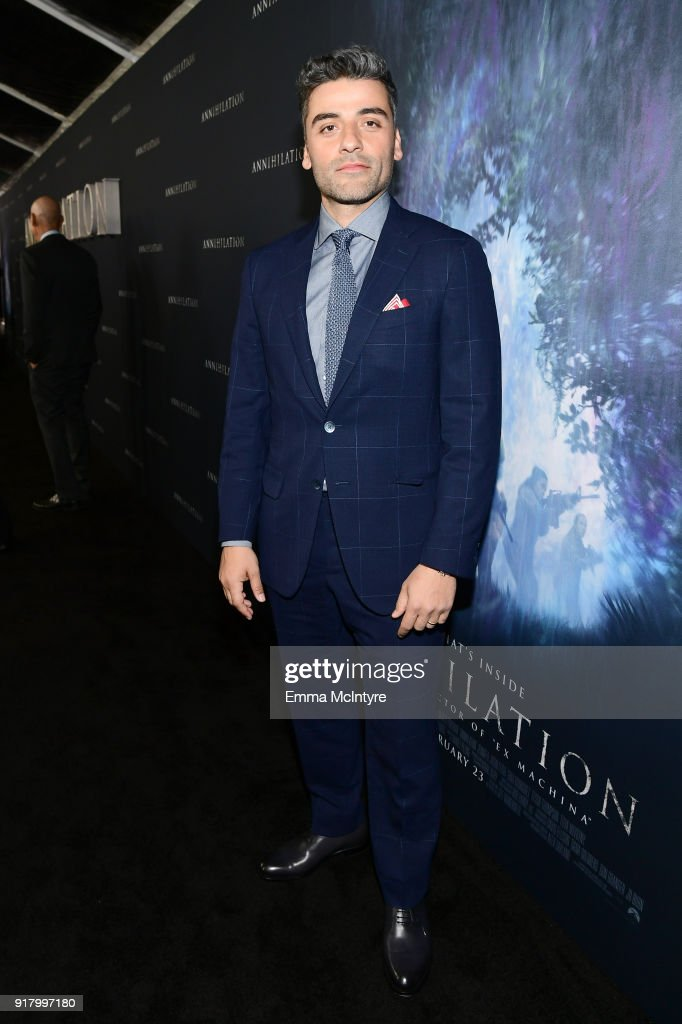 Oscar Isaac attends the premiere of Paramount Pictures' 'Annihilation' at Regency Village Theatre on February 13, 2018 in Westwood, California.