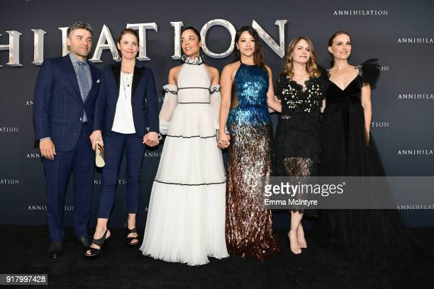 Oscar Isaac Tuva Novotny Tessa Thompson Gina Rodriguez Jennifer Jason Leigh and Natalie Portman attend the premiere of Paramount Pictures'...