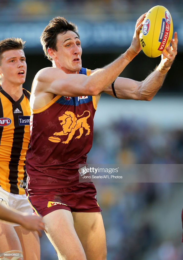 AFL Rd 9 - Brisbane v Hawthorn : News Photo