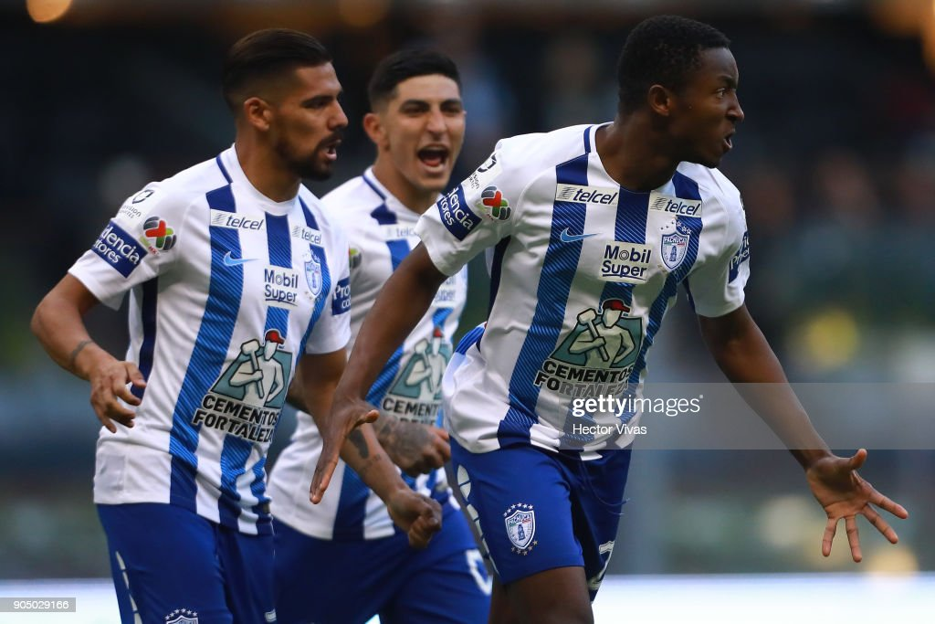 Oscar Murillo of Pachuca celebrates after scoring the equalizer during the second round match between America and Pachuca as part of the Torneo Clausura 2018 Liga MX at Azteca Stadium on January 13, 2018 in Mexico City, Mexico.