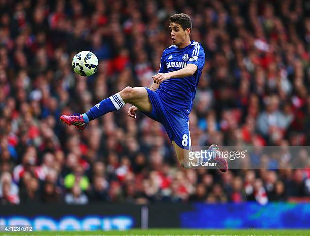 Oscar of Chelsea controls the ball during the Barclays Premier League match between Arsenal and Chelsea at Emirates Stadium on April 26 2015 in...
