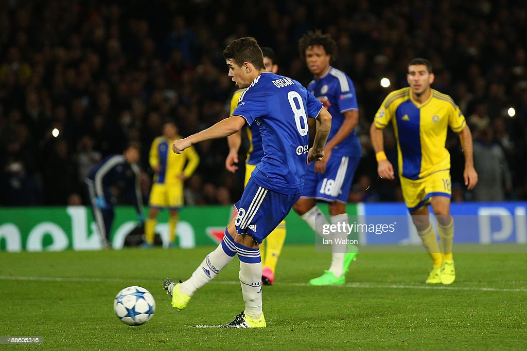 Oscar of Chelsea scores their second goal from the penalty spot during the UEFA Chanmpions League group G match between Chelsea and Maccabi Tel-Aviv FC at Stamford Bridge on September 16, 2015 in London, United Kingdom.