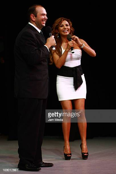 Oscar Ortiz de Pinedo and Aleida Nunez during the comedy show 'Unidos por Monterrey' on July 20 2010 in Mexico City Mexico