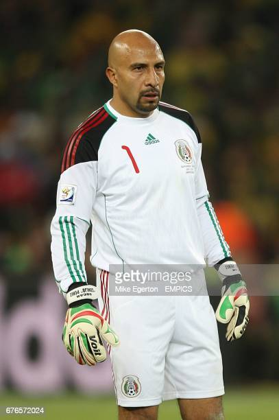 Oscar Perez Mexico goalkeeper