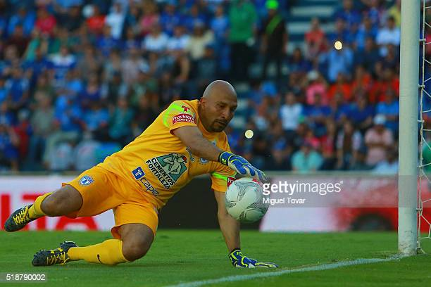 Oscar Perez of Pachuca dives for the ball during the 12th round match between Cruz Azul and Pachuca as part of the Clausura 2016 Liga MX at Azul...