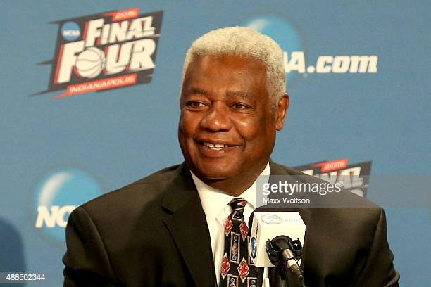 Oscar Robertson addresses the media as Frank Kaminsky of the Wisconsin Badgers wins the the Oscar Robertson National Player of the Year Award given...