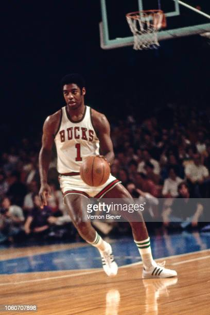 Oscar Robertson of the Milwaukee Bucks dribbles during the 1974 NBA Finals played circa 1974 at Milwaukee Arena in Milwaukee, Wisconsin. The Boston...