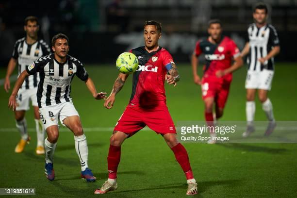 Oscar Trejo of Rayo Vallecano in action during the Liga Smartbank match betwen CD Castellon and Rayo Vallecano at Nou Castalia on May 24, 2021 in...