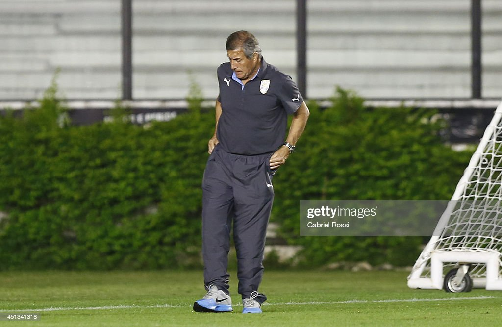 Oscar Washington Tabarez coach of Uruguay walks during a training session as part of the 2014 FIFA World Cup on June 27, 2014 in Rio de Janeiro, Brazil. Uruguay will face Colombia in a Round of 16 match as part of FIFA World Cup 2014 Brazil at Sao Januario Stadium on June 28.