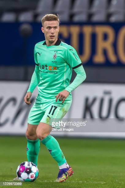 Oscar Wendt of Borussia Moenchengladbach controls the Ball during the Bundesliga match between Sport-Club Freiburg and Borussia Moenchengladbach at...