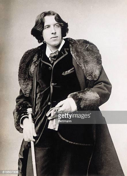 Oscar Wilde , Irish writer and playwright.