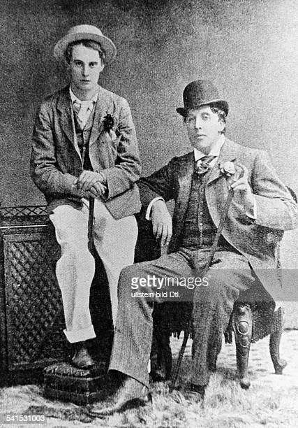 Oscar Wilde Oscar Wilde *16101854 Writer Ireland / Great Britain Wilde with his friend Lord Alfred Douglas 1893