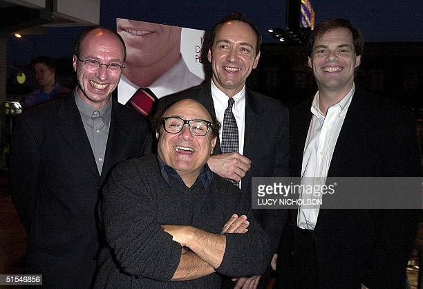 Oscarwinning US actor Kevin Spacey poses at the premiere of his new film The Big Kahuna with costar Danny DeVito and CoPresidents of Lions Gate Films...