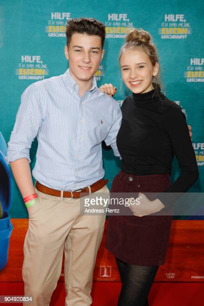 Oskar Keymer and Lina Hueesker attend the premiere of 'Hilfe ich hab meine Eltern geschrumpft' at Cinedom on January 14 2018 in Cologne Germany