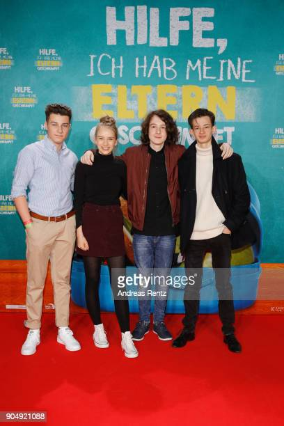 Oskar Keymer Lina Hueesker Maximilian Ehrenreich and Eloi Christ attend the premiere of 'Hilfe ich hab meine Eltern geschrumpft' at Cinedom on...