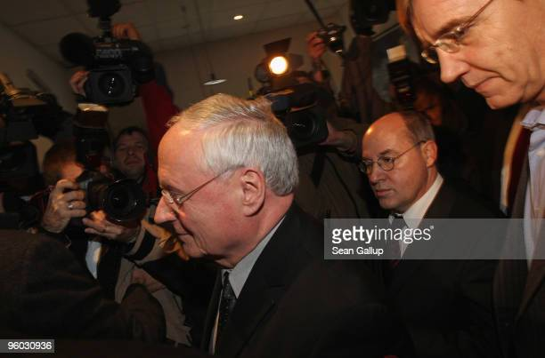 Oskar Lafontaine Chairman of the German leftwing political party Die Linke arrives with Die Linke Bundestag faction leaders Gregor Gysi and Dietmar...