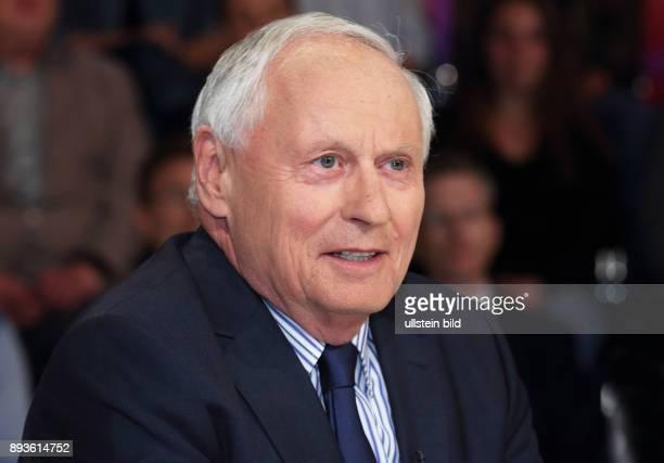 Oskar Lafontaine in der ZDFTalkshow maybrit illner am in Berlin Große Koalition immer kleiner Stunde der Populisten