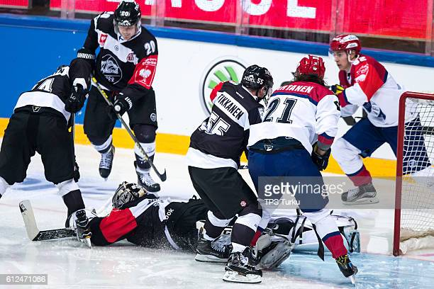 Oskari Setanen of Turku saves during the Champions Hockey League Round of 32 match between TPS Turku and IFK Helsinki at Gatorade Center on October...