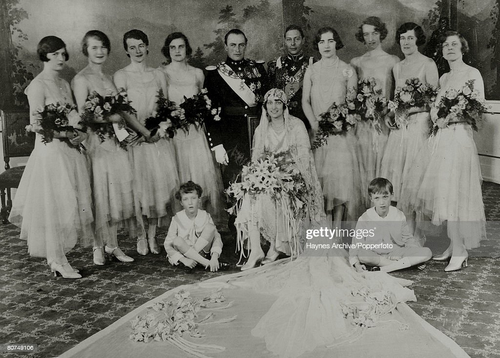 Foreign Royalty Personalities. pic: 1929. Oslo. Crown Prince Olav (Olaf) of Norway and Princess Martha of Sweden on their wedding day with the Best Man The Duke of York and the bridal party. Crown Prince Olav (1903-1991) succeeded his father King Haakon : News Photo