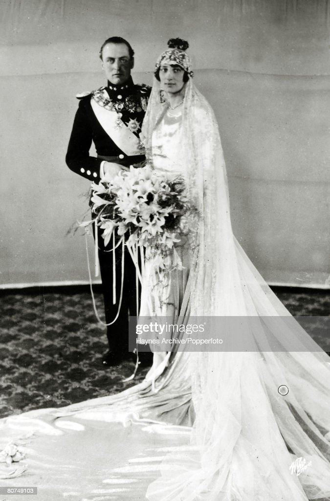 Foreign Royalty Personalities. pic: 1929. Crown Prince Olav (Olaf) of Norway marries Princess Martha of Sweden in Oslo. Crown Prince Olav (1903-1991) succeeded his father King Haakon VII in 1957 becoming King Olav V. : News Photo