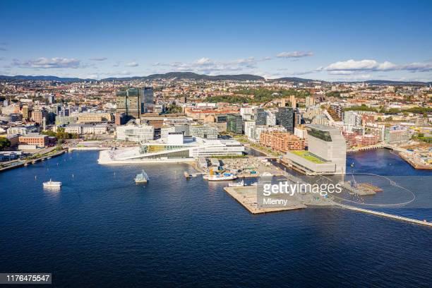 オスロ シティスケープ ハーバー ノルウェー 航空写真 - オスロ ストックフォトと画像