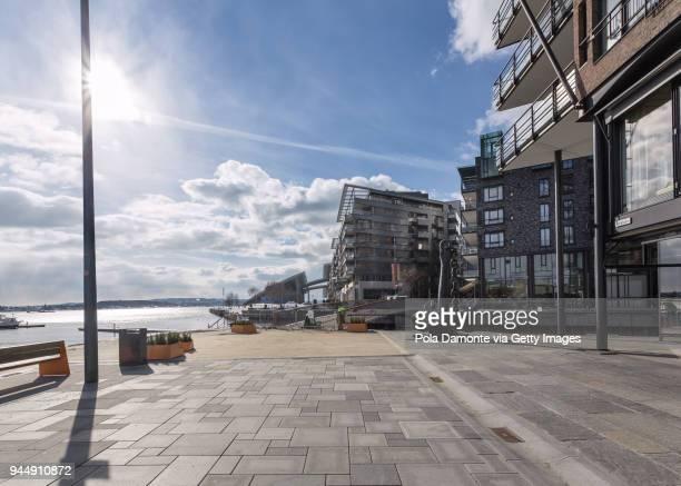 oslo harbor area and waterfront in norway, arctic pole, scandinavia - オスロ ストックフォトと画像