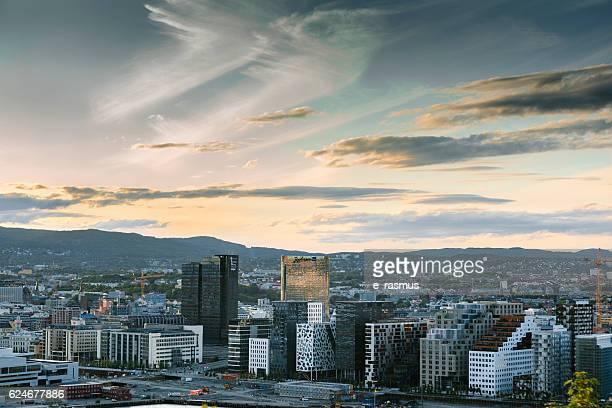 oslo skyline at sunset, norway - オスロ ストックフォトと画像