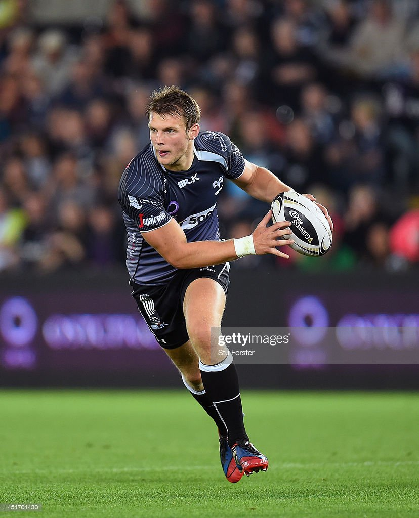 Ospreys fly half Dan Biggar in action during the Guinness Pro 12 match between Ospreys and Benetton Rugby Treviso at Liberty Stadium on September 5, 2014 in Swansea, United Kingdom.