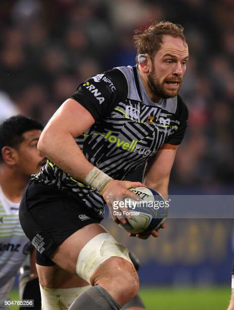 Ospreys player Alun Wyn Jones in action during the European Rugby Champions Cup match between Ospreys and Saracens at Liberty Stadium on January 13...