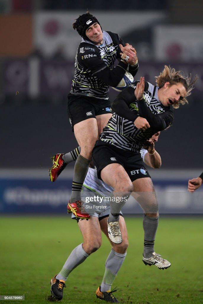 Ospreys v Saracens -  Champions Cup : News Photo