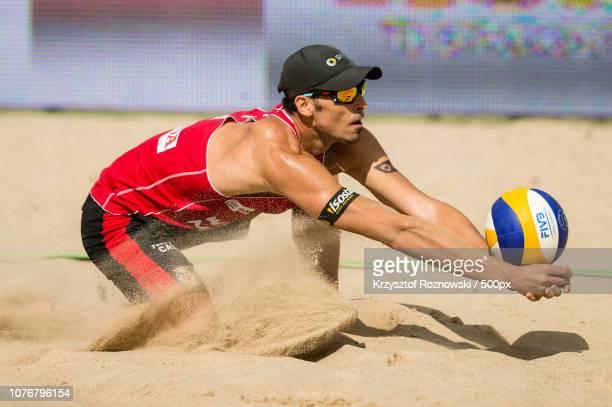 ostrã³da, poland - beach volley photos et images de collection