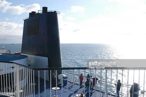 """Ostsee-Fähre """"Prinzessin Benedikte"""" der Reederei """"Scandlines"""", †berfahrt von P u t t g a r d e n, Insel F e h m a r n nach R ö d b y in D ä n e m a r..."""