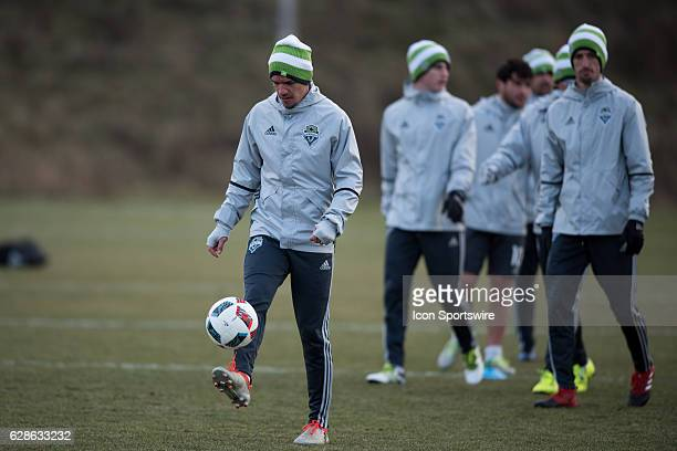 Osvaldo Alonso of Seattle Sounders practices keep ups during the Seattle Sounders MLS Cup training session on December 8 at Kia Training Ground in...
