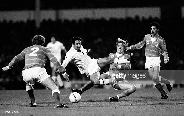 Osvaldo Ardiles of Tottenham Hotspur is tackled by Soren Lerby of Ajax Amsterdam during the European Cup Winners Cup 1st round 2nd leg at White Hart...