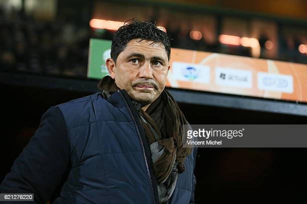 Oswald Tanchot headcoach of Le Havre during the Ligue 2 match between Stade Lavallois and Le Havre AC on November 4 2016 in Laval France