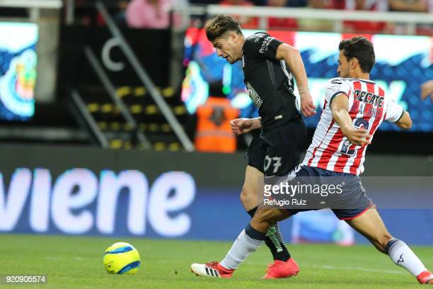 Oswaldo Alanis of Chivas fights for the ball with Angelo Sagal of Pachuca during the 8th round match between Chivas and Pachuca as part of the Torneo...