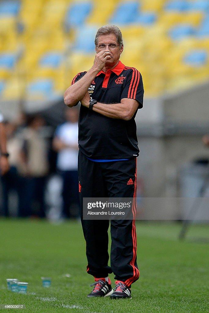 Flamengo v Goias - Brasileirao Series A 2015
