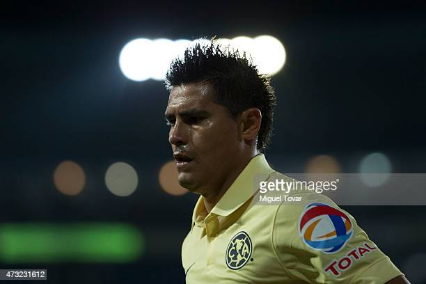 Oswaldo Martinez of America looks on during a quarterfinal first leg match between Pachuca and America as part of Clausura 2015 Liga MX at Hidalgo...