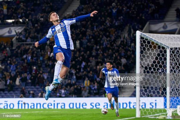 Otavio Edmilson da Silva of FC Porto celebrates after scoring his team's third goal during the Liga Nos match berween FC Porto and CD Tondela at...